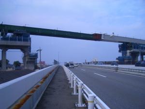 国道8号 二日市跨線橋 小松側からみた北陸新幹線高架「二日市橋梁」